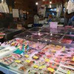 京都で「京の台所」と呼ばれる錦市場は伊藤若冲の生誕地です。